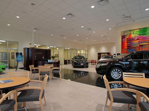 Bill Walsh Ford Kia showroom