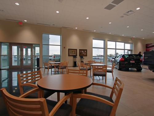Bill Walsh Ford Kia  ford showroom