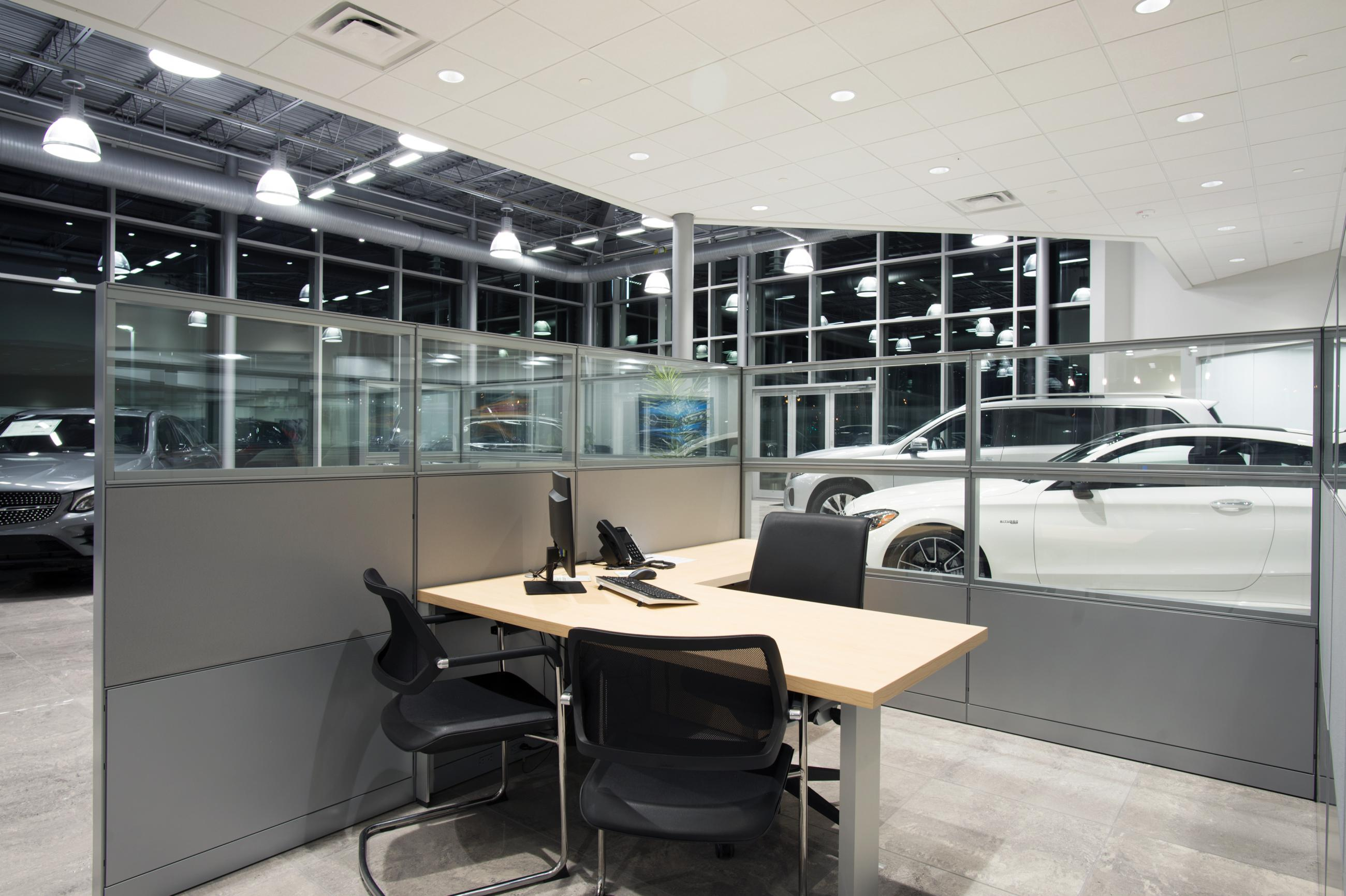Mercedes Benz of Springfield | Custom Facilities