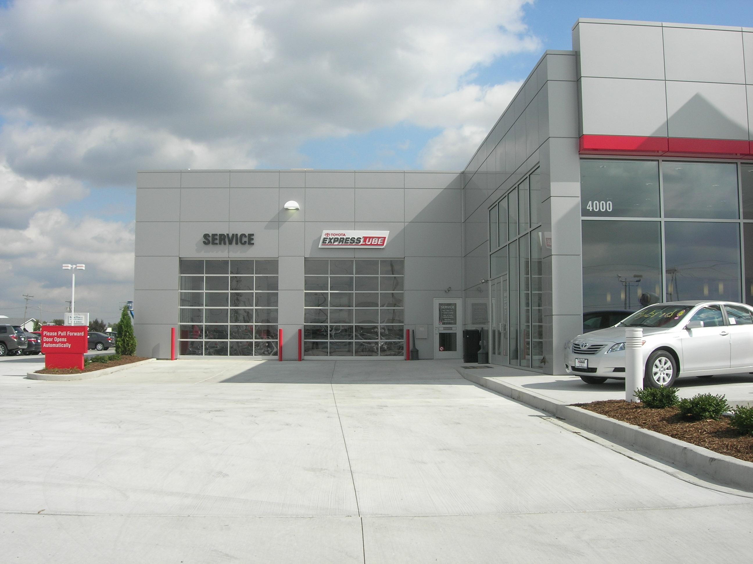 Bill Walsh Toyota Custom Facilities