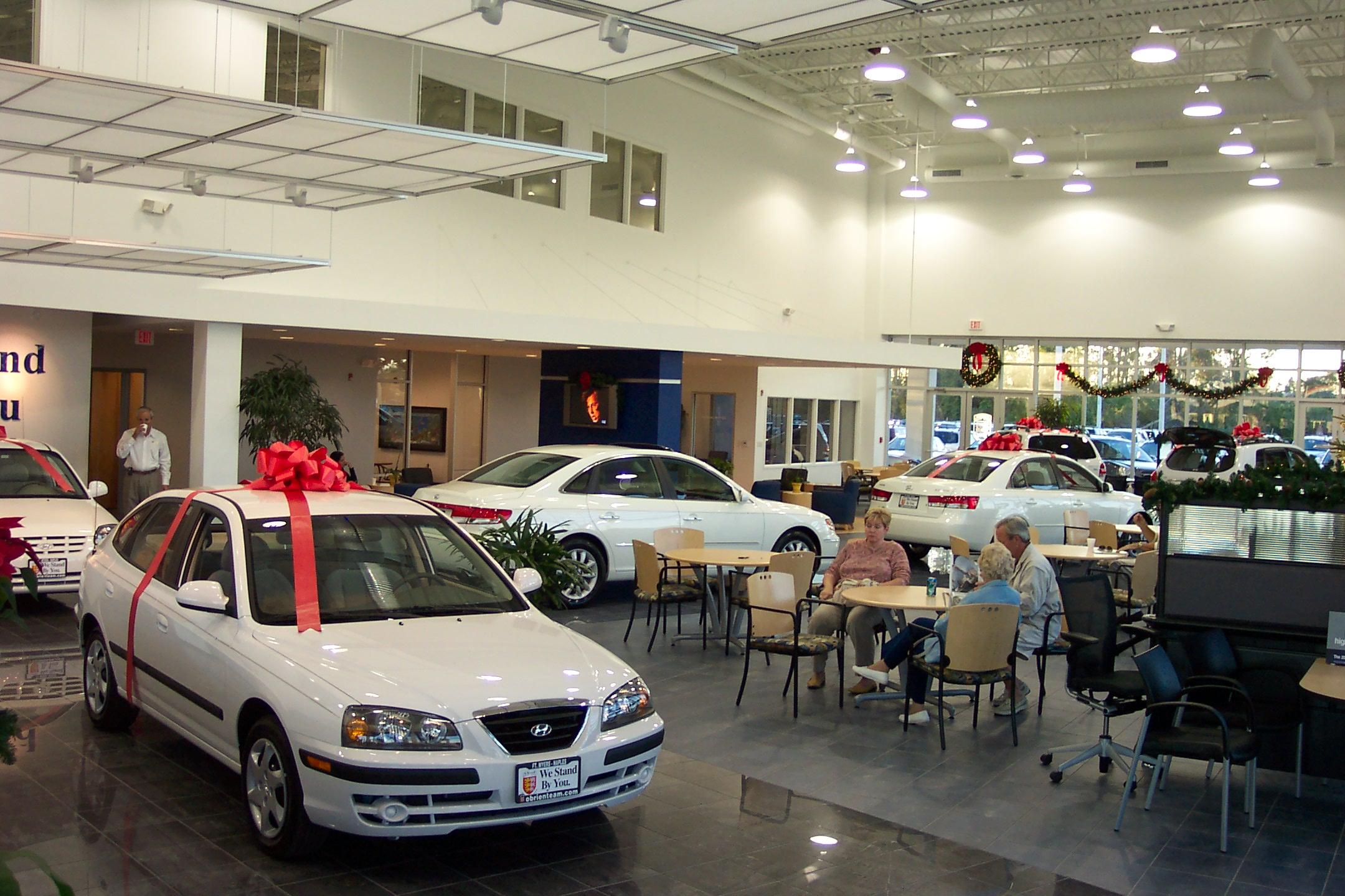 Ou0027Brien Hyundai Showroom Side